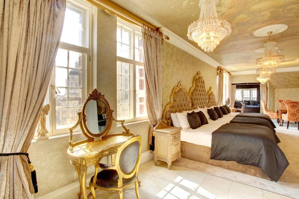 30 James Street - Bedroom 1_0166