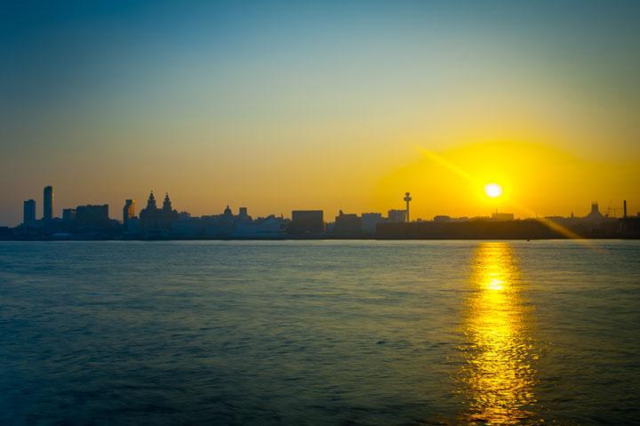 Liverpool-skyline-sunrise
